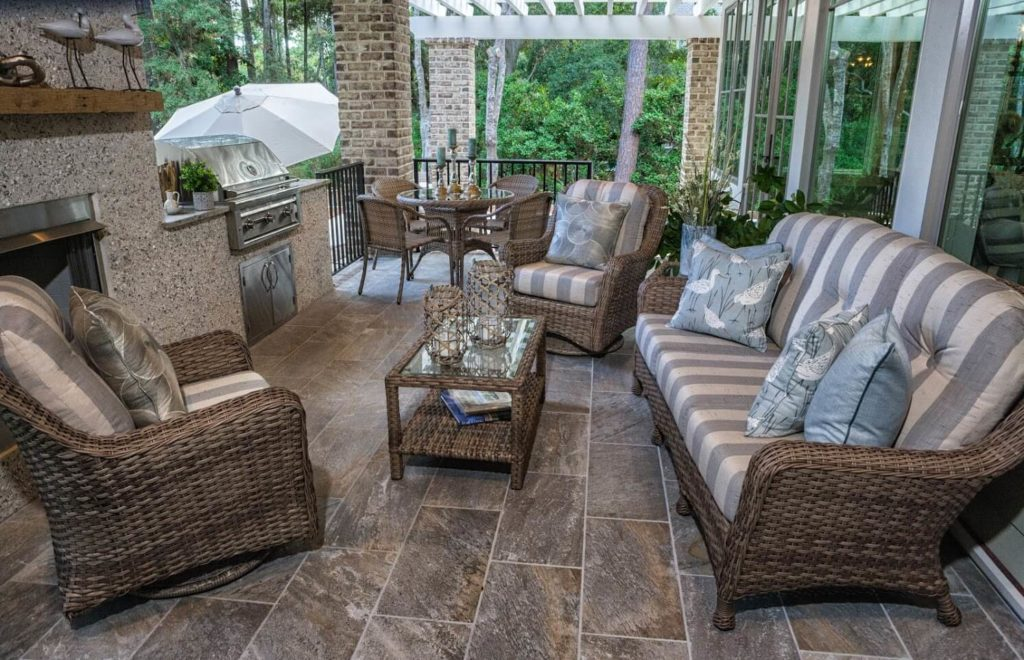 McKinney TX Professional Landscapers & Outdoor Living Designs Home Page Image-We offer Landscape Design, Outdoor Patios & Pergolas, Outdoor Living Spaces, Stonescapes, Residential & Commercial Landscaping, Irrigation Installation & Repairs, Drainage Systems, Landscape Lighting, Outdoor Living Spaces, Tree Service, Lawn Service, and more.